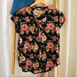 Siren Lily 1x floral blouse